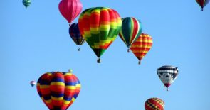 hot-air-balloons-439331_1920