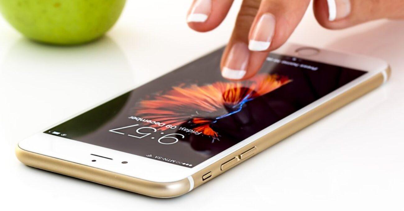 smartphone-1894723_1920