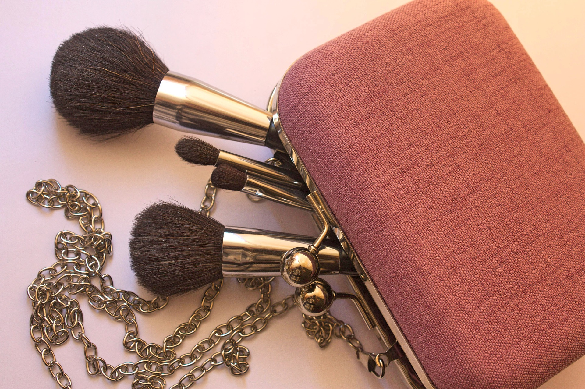 cosmetics-3583601_1920